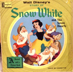 ST-3906 Snow White and the Seven Dwarfs (1st release)