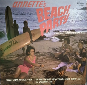 BV-3316 Annette Beach Party